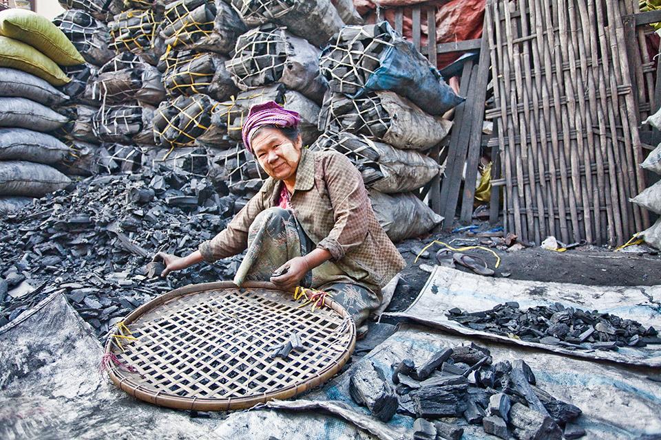 birma-zycie-na-ulicy-stachowiak-mariusz