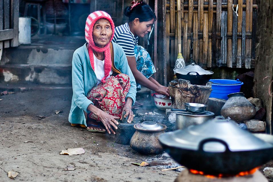 kobieta-w-birmie-stachowiak-mariusz-fotografia