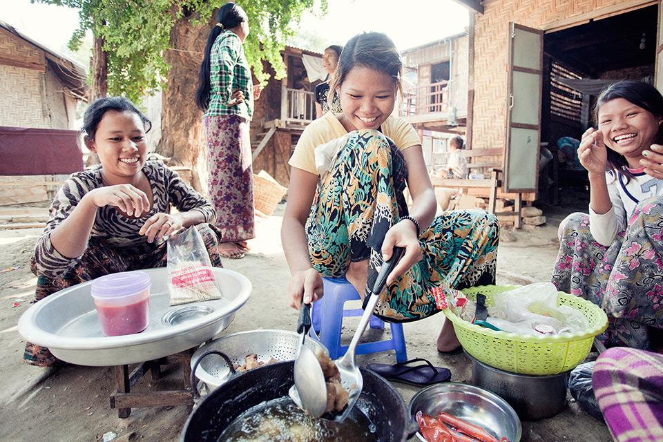 podroz-do-birmy-stachowiak-mariusz