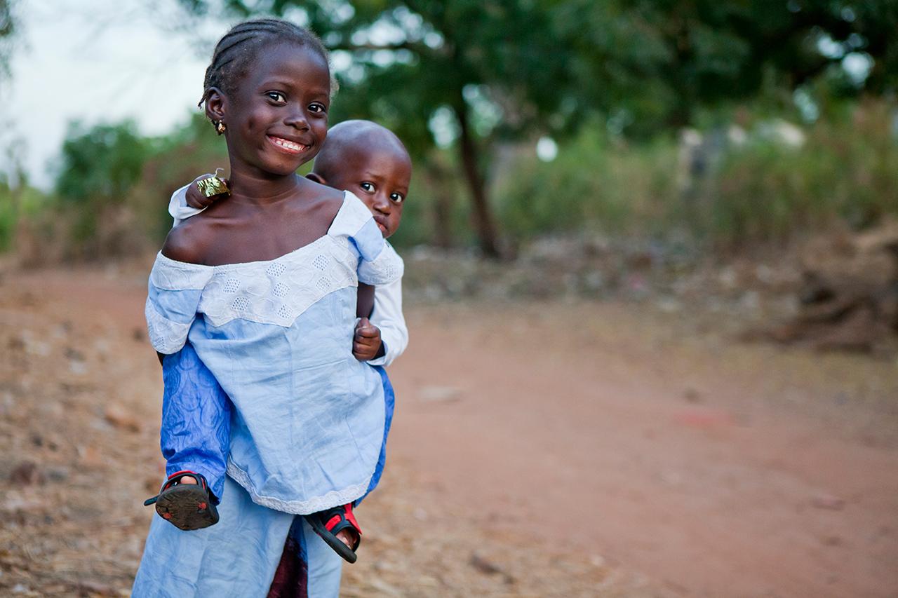 dzieci-afryki-stachowiak-gambia