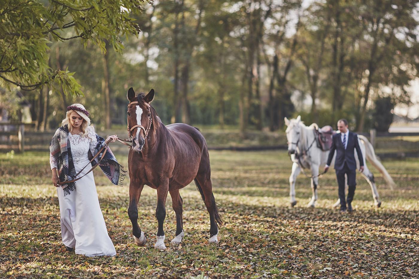 sesja ślubna w stadninie koni opole fotograf ślubny stachowiak